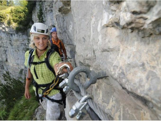 Klettersteig Reit Im Winkl : Klettersteig reit im winkl buchen sayaq adventures