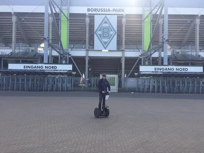 Mönchengladbach: Borussia-Tour mit Stadionführung (optional, ca. 240 Minuten)